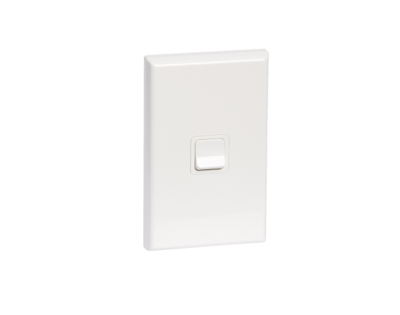 600 Series Single Gang Switch White